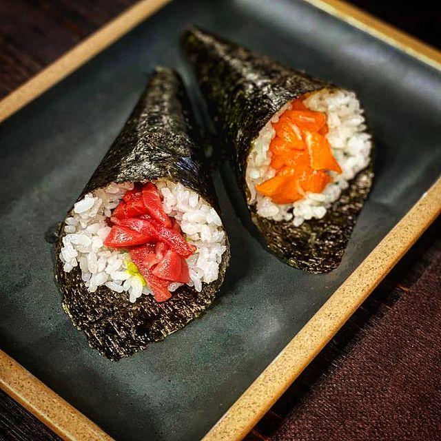 Excelente sitio para comer unos Temakis rápidos con una relación calidad precio muy buena Taverna Cal Roka un restaurante japones muy especial situado en el centro de Andorra la Vella.