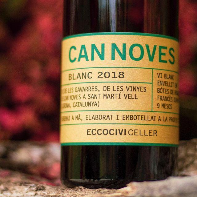 Avui hem tastat el vi de les Gavarres Can Noves Blanc 2108 - Medalla de plata Decanter World Wide Awards 2020 al Restaurant Japonès Taverna Cal Roka
